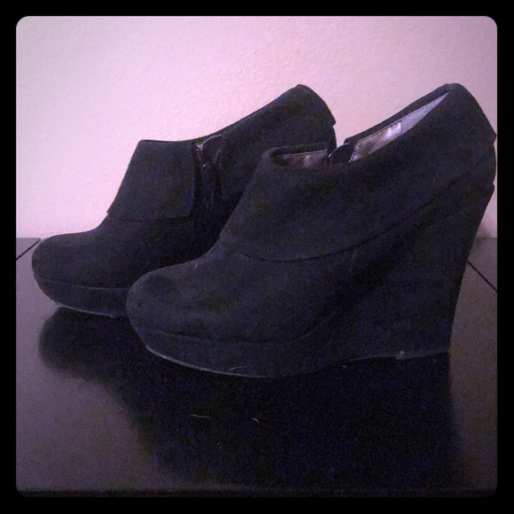 Mossimo Supply Co. Shoes - Stylish black wedges!!!!